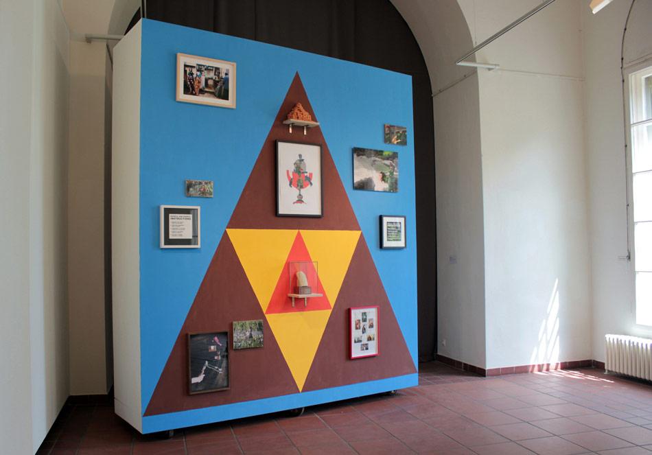 Museum of Autoanthropology – Altar, installation, Das Leben ist Anderswo, Galerie im Körnerpark, 2012, photo: J&K