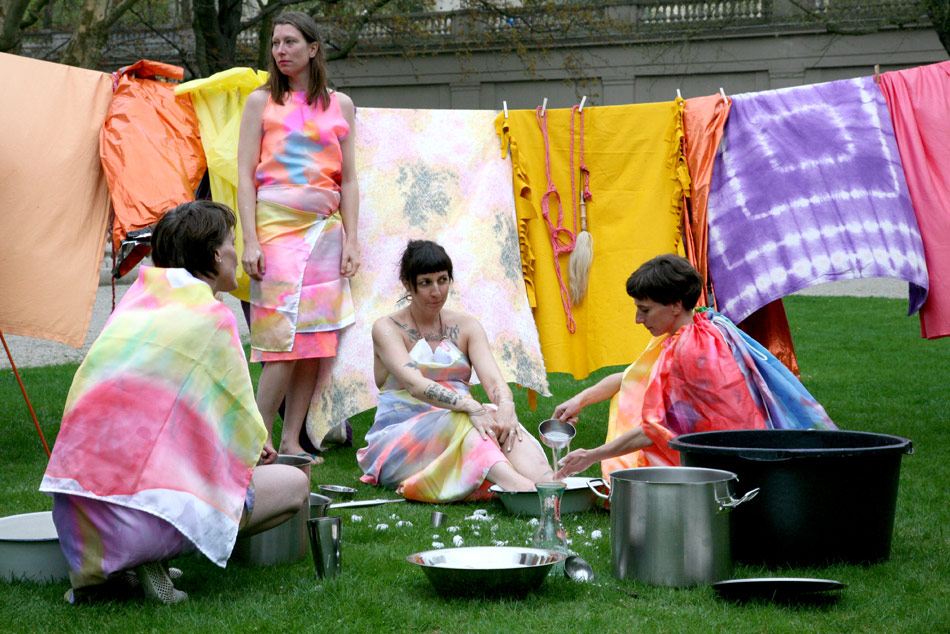 J&K, ter Heijne, Ray, Under Her Spell, participatory performance ritual, Galerie im Körnerpark, photo: Kai Dieterich