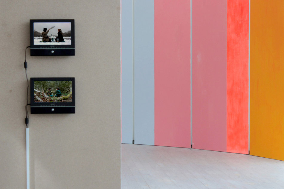 J&K, The Perfect Stage, detail: Evoking Perfection through Intoxication / Evoking Perfection through Detoxication, video diptych, Horizontal Sunset, wall painting, 2010, photo: Jens Møller Sørensen