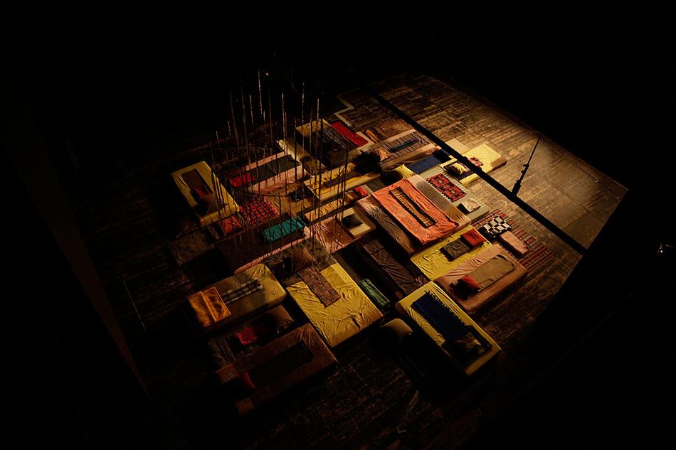 J&K, Steckbauer, Outliers, installation, ƒƒ - Taz 3, Teatr Studio, Warsaw, 2014, photo: Dieterich